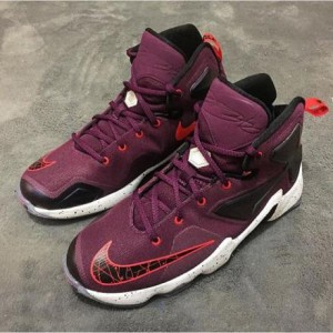 NIKE-LEBRON-13-MEDIUM-BERRY-PURE-PLATINUM-COURT-PURPLE-BLACK